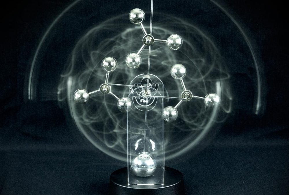 Hypnotic Pendulum Display Asterism/ DIY Perpetual Motion Toy/ For  Science fun/2016 New/ Free shipping